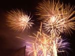 fireworks-42051333